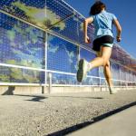 腹筋より大事!? 背筋と臀筋を使って楽に走る方法